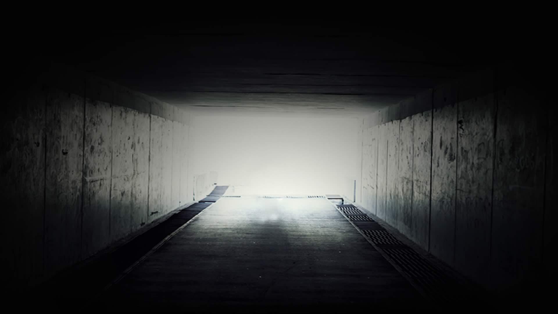 dark-shadows-bg